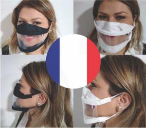 femme souriante portant un masque barrière transparent